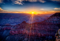 Mather Point - Grand Canyon at sunrise